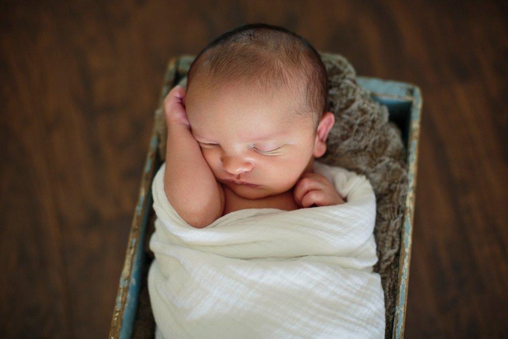Andrew newborn 112_Blog.jpg