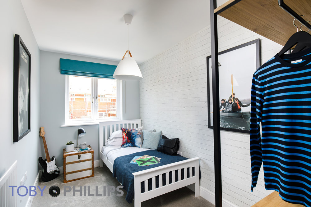 Bedroom_blend1.jpg