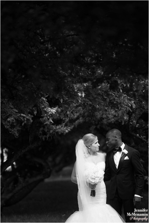 Courtney Framm AR BH _01317bw-00265_Jennifer-McMenamin-Photography-Royal-Sonesta-Harbor-Court-Hotel-wedding.jpg