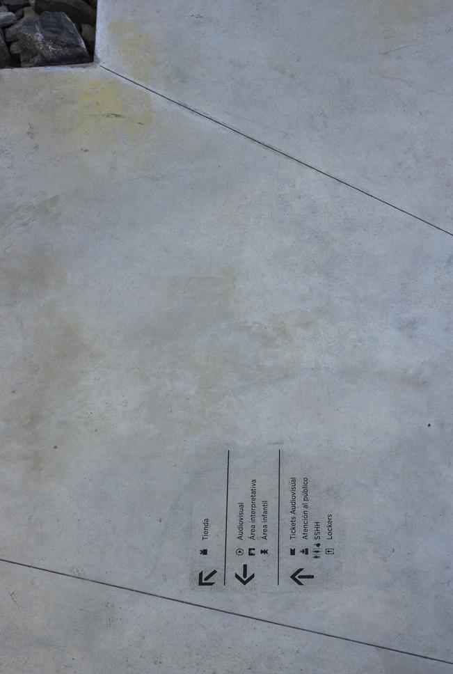 SMA-S759-004.jpg