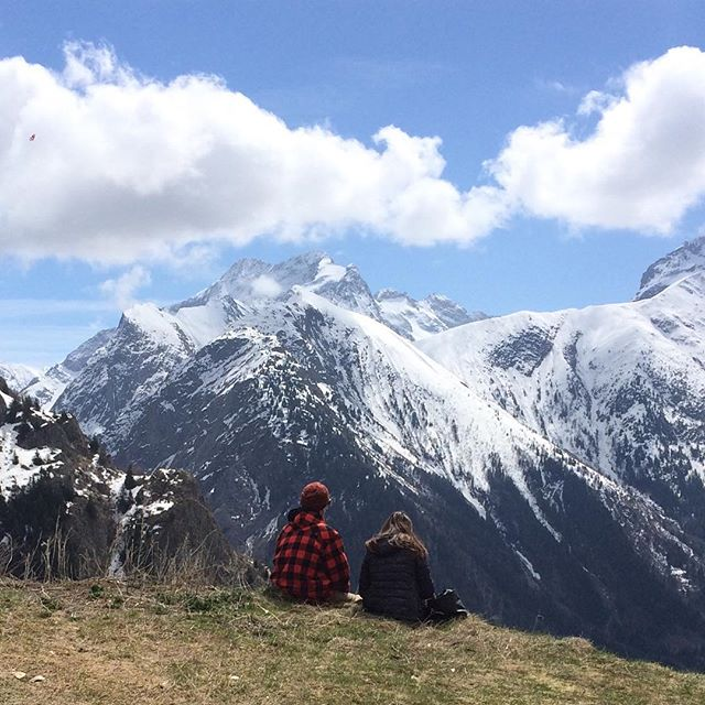 Quand on a besoin de prendre l'air. Il y a des endroits propices à la plénitude #mountain #spring #sun #love #snow