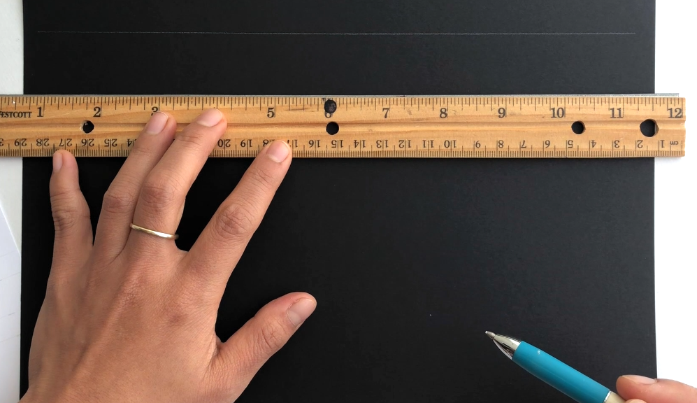 Pencil Guidelines to write in a straight line