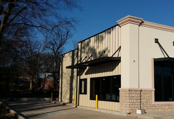 Commercial Storefronts, Warehouses & Facilities