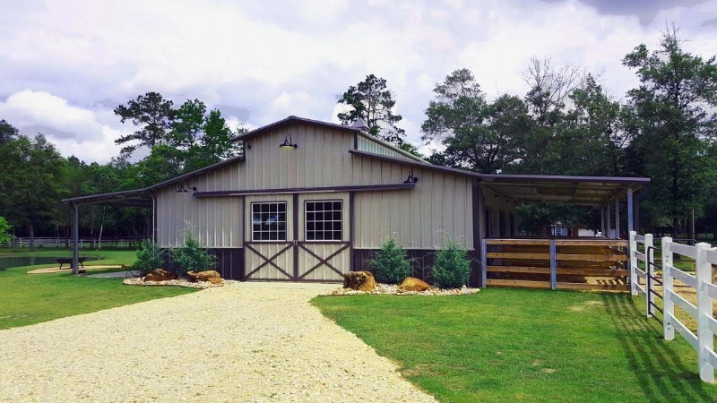 Raised Center Aisle Horse Barn with Stalls and Tack Room