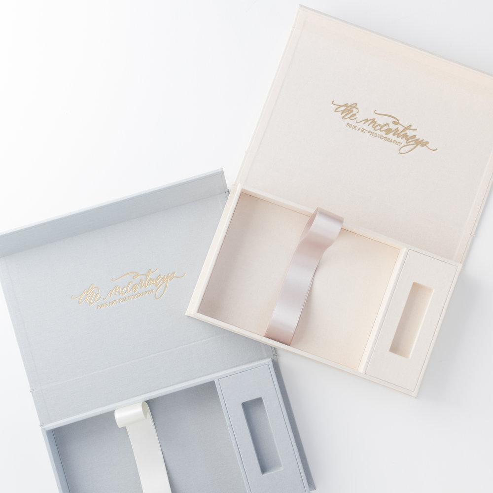 LuxBindery-StudioDie-CreamSilver-C.JPG