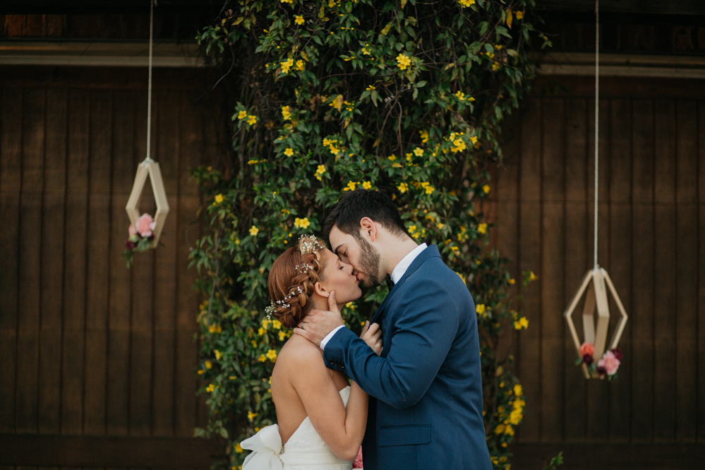 Emily + Jacob Photography | Memphis Tennessee Wedding Photographer | John David and Aubrey Little | Styled Elopement | Laurel Rose Manor | memphis-tennessee-wedding-photographer-styled-elopement-boho-modern-laurel-rose-manor