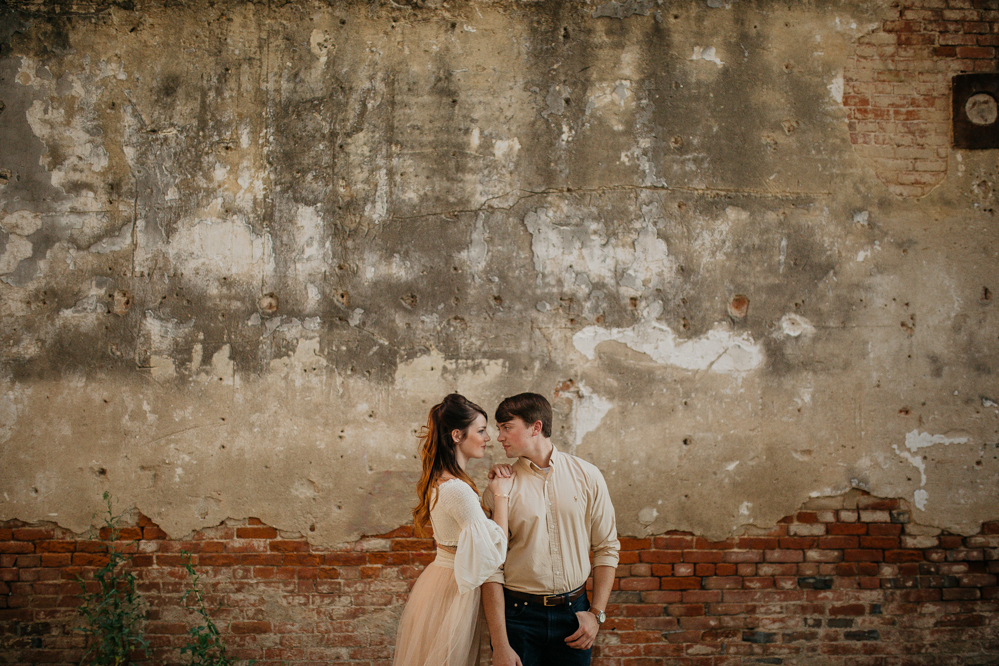 Wedding Photography Memphis: A Modern Urban Engagement In Downtown Memphis