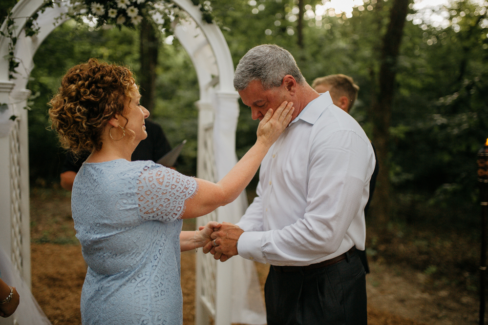 Emily + Jacob Photography | A Romantic Backyard Elopement | Memphis Tennessee Wedding Photographer & Destination/Traveling Photographer | memphis-tennessee-wedding-elopement-photographer-a-romantic-backyard-wedding-summer-elopement-graceandbentley