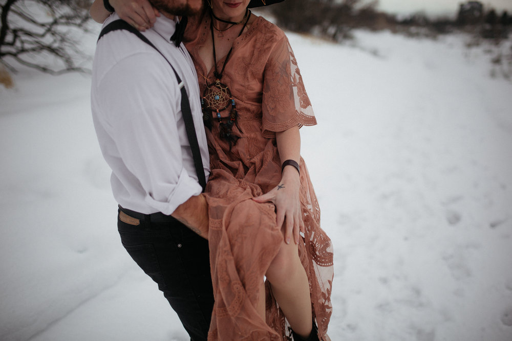 The Hatches | Tennessee Wedding and Elopement Photographers | memphis-tennessee-wedding-and-elopement-photographers-photography-unique-adventure-weird-creative-utah-colorado-washington-arizona-wedding-photographer-moody-romantic-cozy-journalistic-whimsical