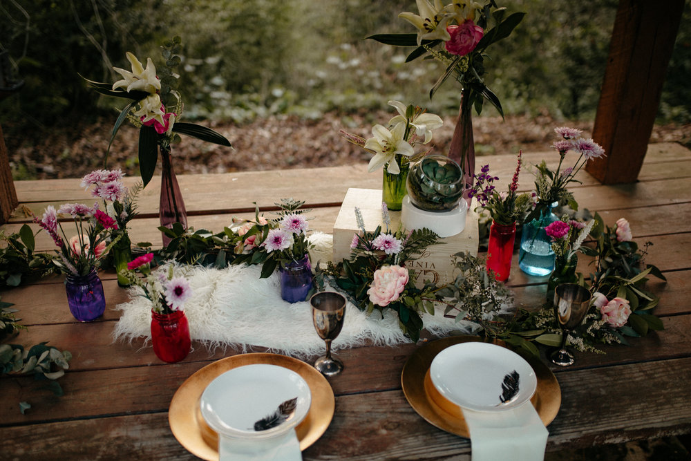 memphis-tennessee-wedding-photographer-the-hatches-utah-colorado-washington-arizona-oregon-yosemite-national-park-elopement-adventure-emotional-journalistic-spring-florals-colorful
