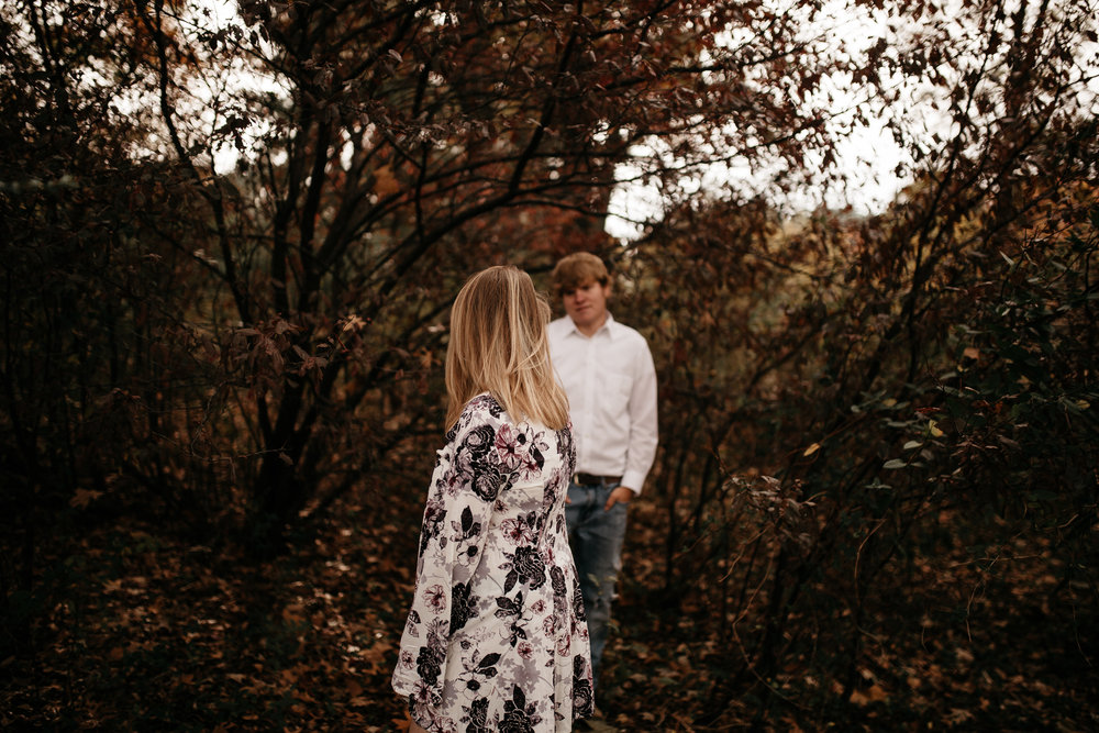 The-Hatches-Memphis-Tennessee-Wedding-Elopement-Photography-fall-engagement-cool-weather-cozy-warm-vibrant-film-romantic-lifestyle-elope-waterfall-utah-colorado-arizona-adventure-intimate-documentary-candid-blanket