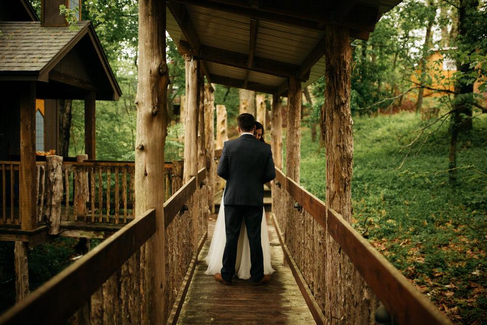intimate-treehouse-garden-elopement-photography-eureka-springs-arkansas