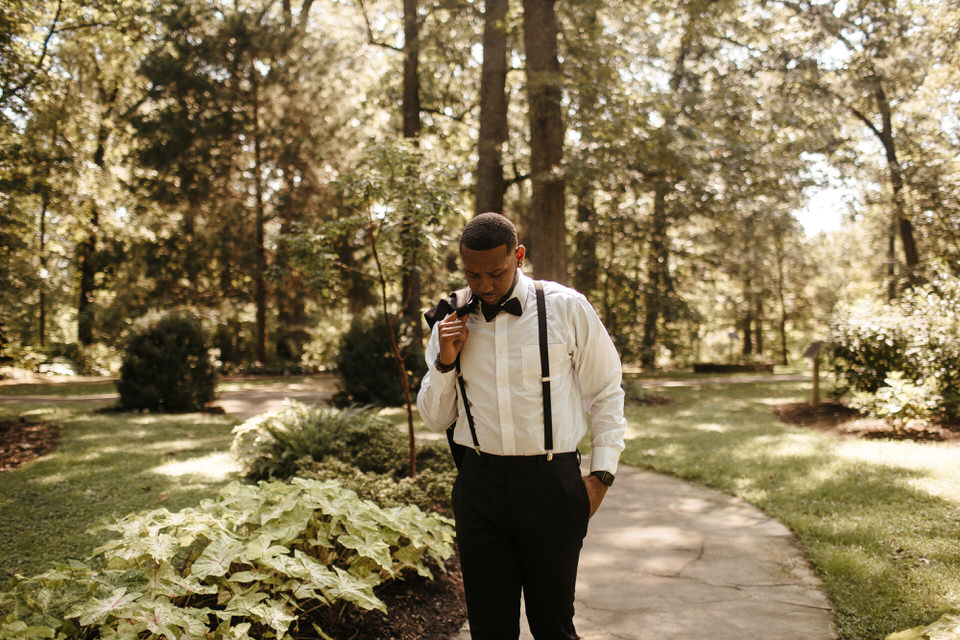 intimate-garden-elopement-memphis-botanic-garden-the-hatches-wedding-photography