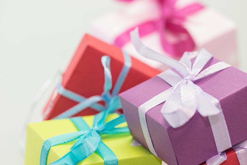 christmas-xmas-gifts-presents (1).jpg