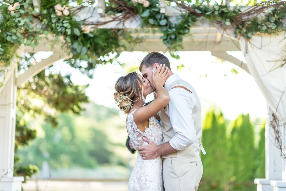 Ty_Poland_Morgan_Wedding-10.jpg