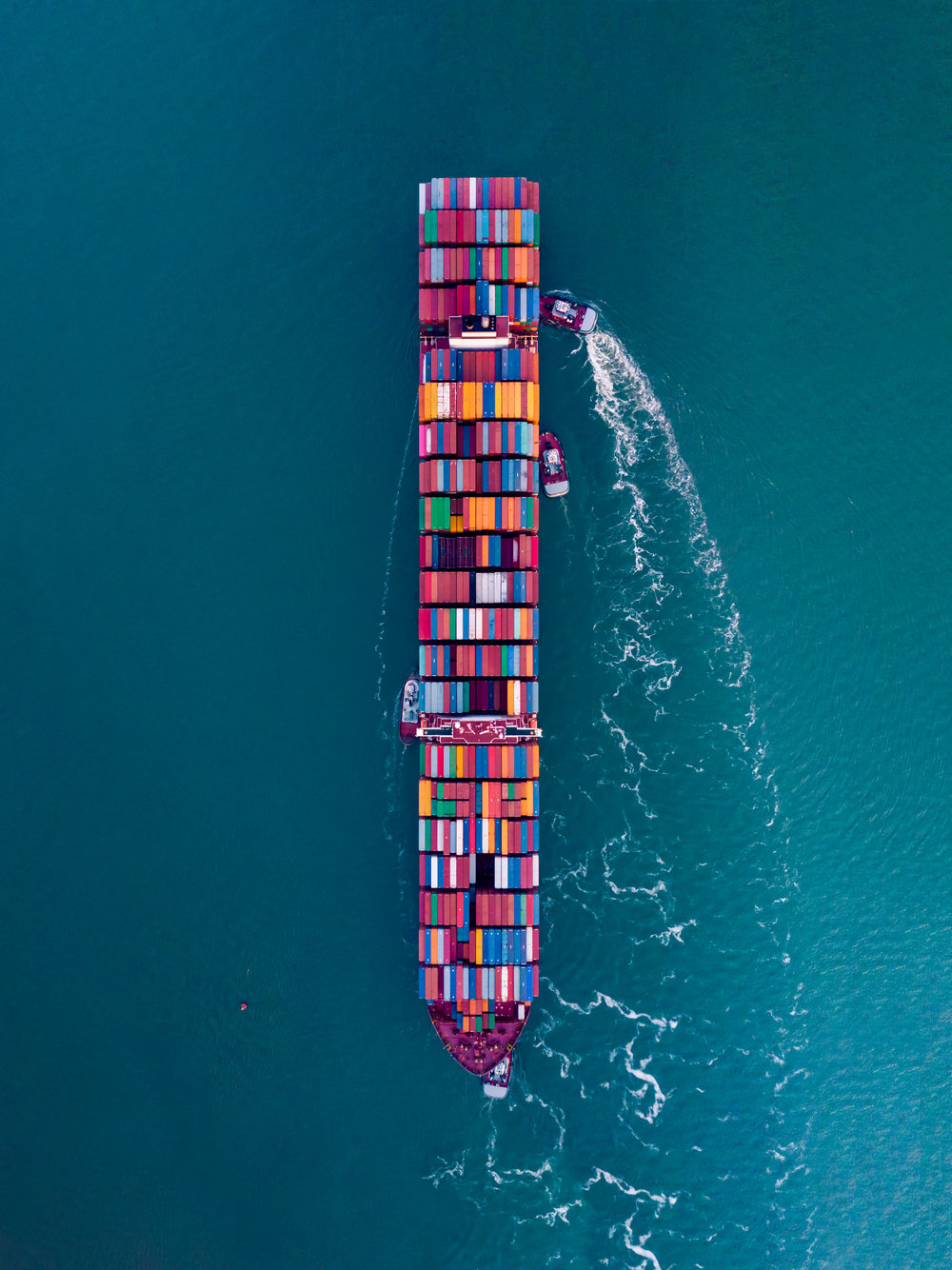 ContainerShip_typoland_portrait.jpg