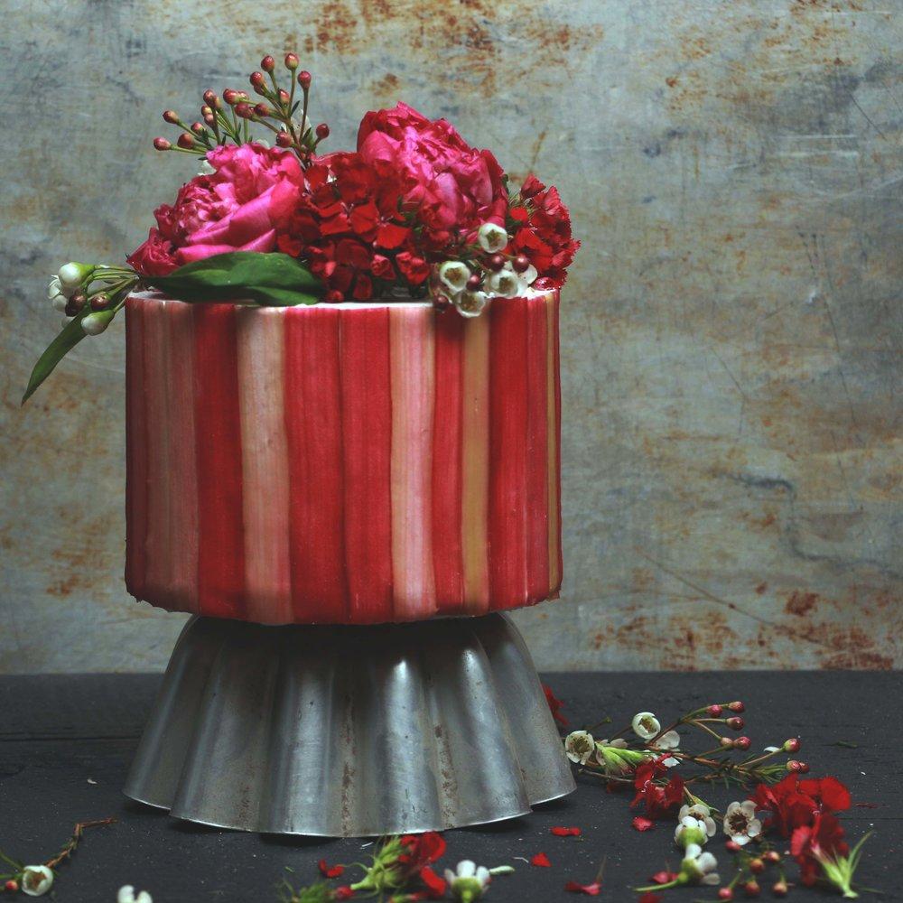 rhubarb cake.jpg