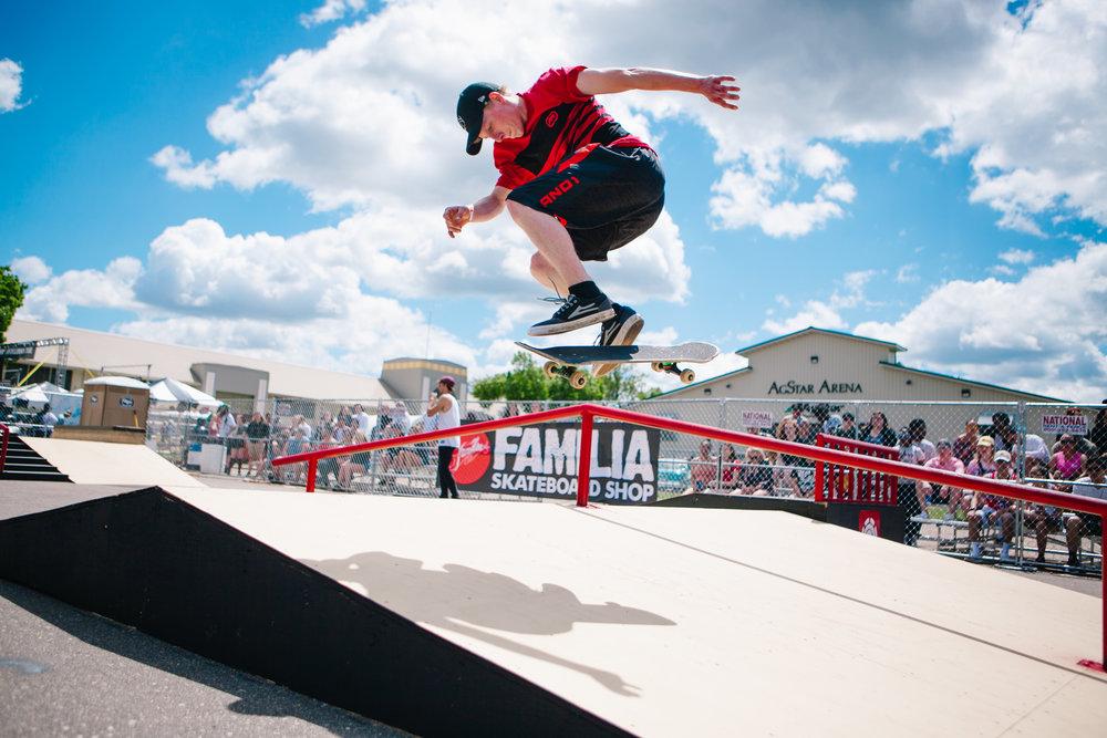 Familia Skateboard Showdown