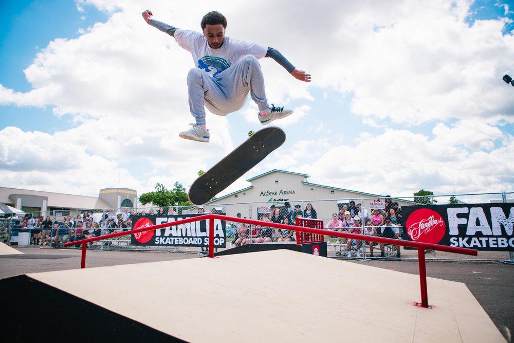 Familia Skateboard Showdown II
