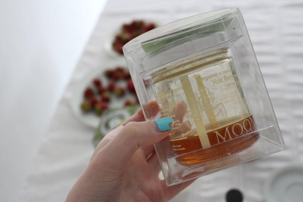 Image: a refil jar of MOOM wax