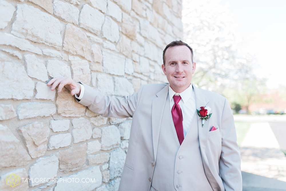 carmel_indiana_wedding_photography_taylor_ford_0704.jpg