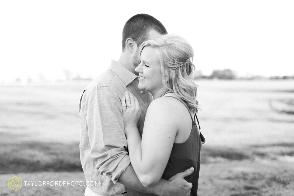 van_wert_ohio_engagement_photography_taylor_ford_0853.jpg