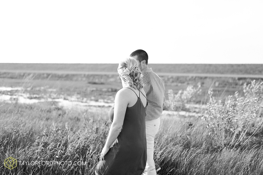 van_wert_ohio_engagement_photography_taylor_ford_0855.jpg