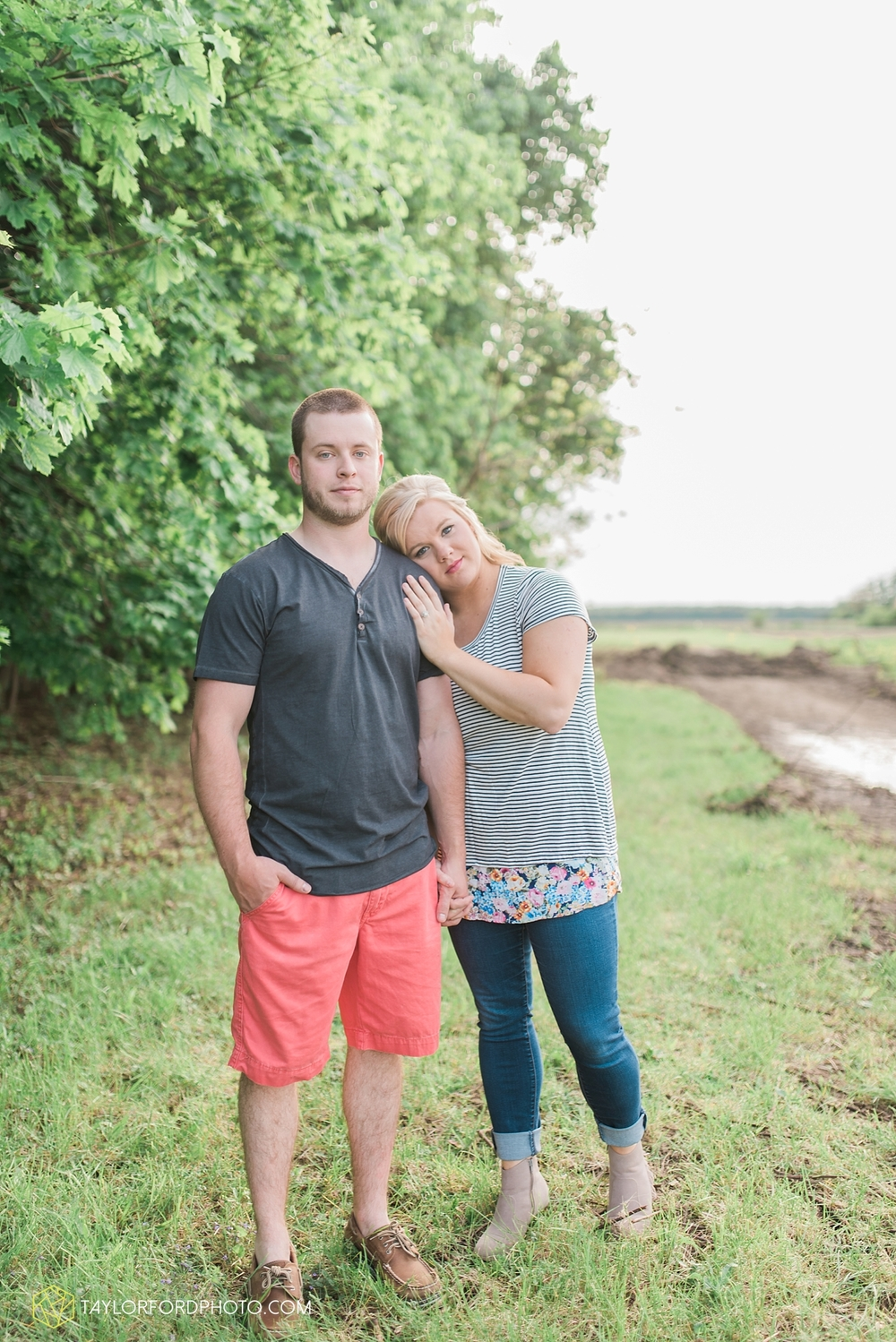 van_wert_ohio_engagement_photography_taylor_ford_0861.jpg