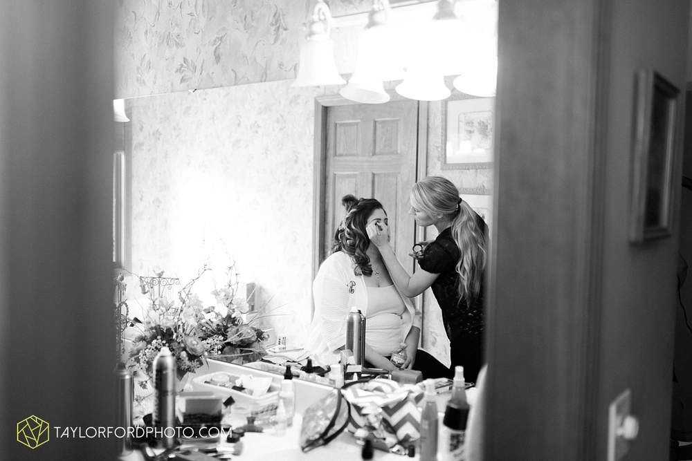 toledo_ohio_wedding_photographer_taylor_ford_photo7.jpg