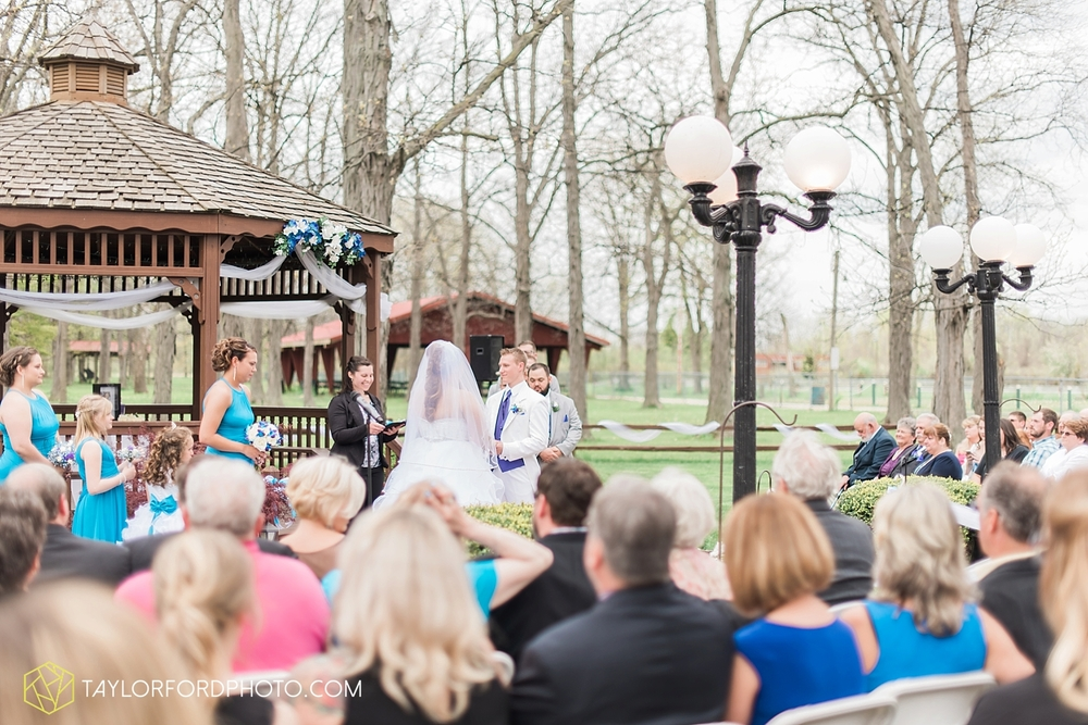 toledo_ohio_wedding_photographer_taylor_ford_photo16.jpg