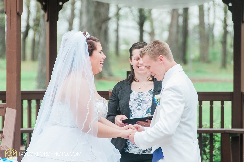toledo_ohio_wedding_photographer_taylor_ford_photo18.jpg