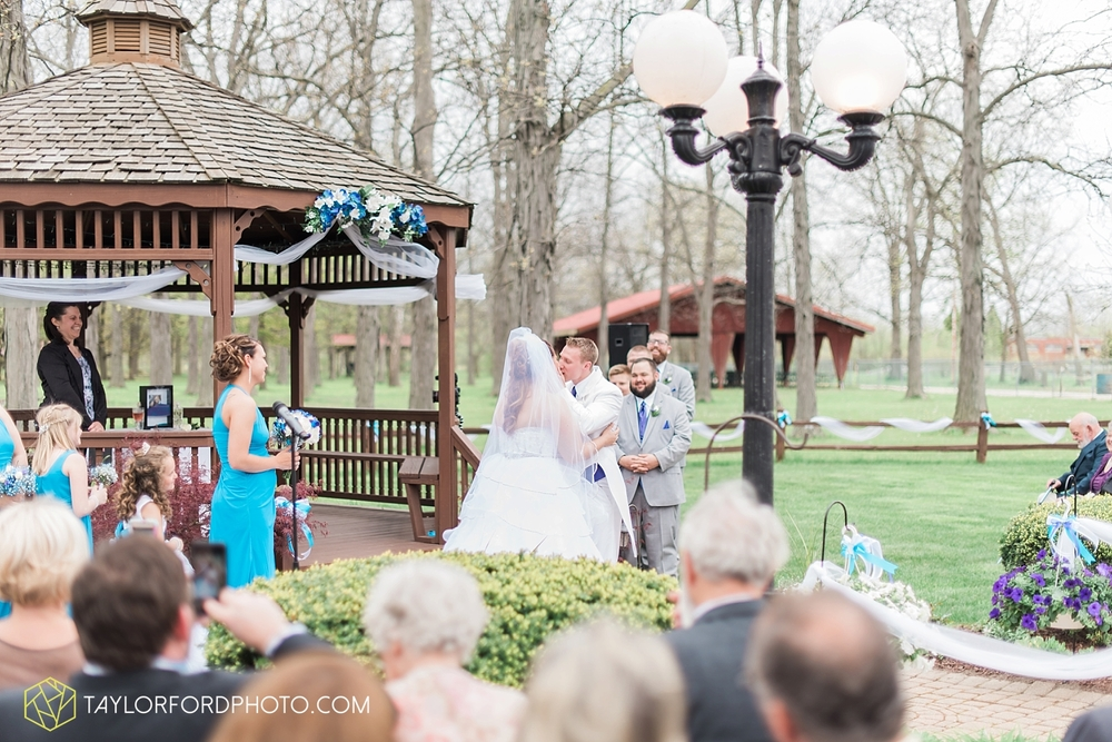 toledo_ohio_wedding_photographer_taylor_ford_photo20.jpg
