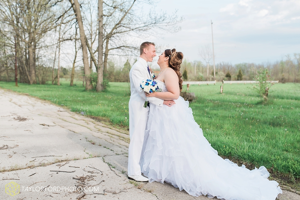 toledo_ohio_wedding_photographer_taylor_ford_photo25.jpg