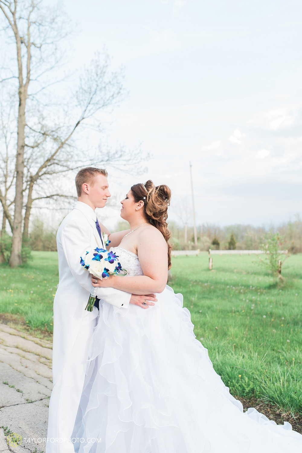 toledo_ohio_wedding_photographer_taylor_ford_photo24.jpg