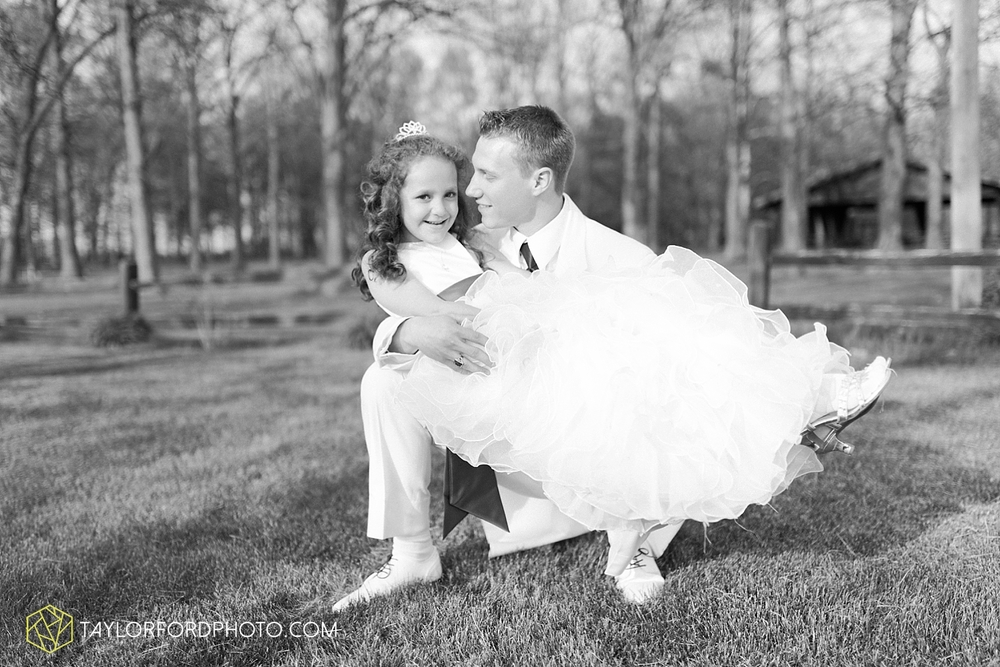 toledo_ohio_wedding_photographer_taylor_ford_photo34.jpg