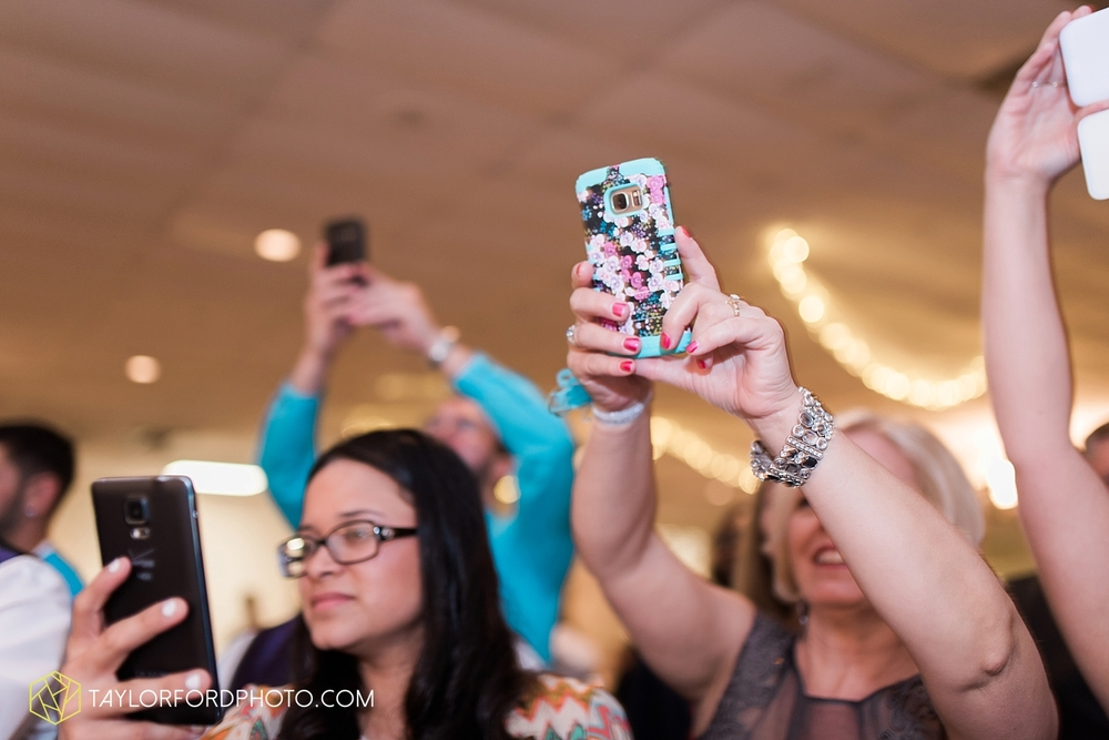 toledo_ohio_wedding_photographer_taylor_ford_photo35.jpg