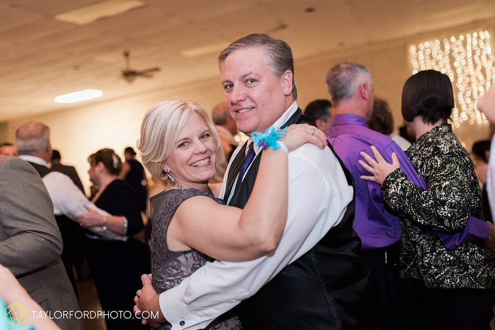 toledo_ohio_wedding_photographer_taylor_ford_photo43.jpg