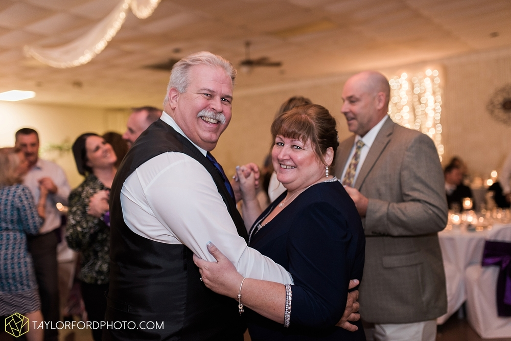 toledo_ohio_wedding_photographer_taylor_ford_photo44.jpg