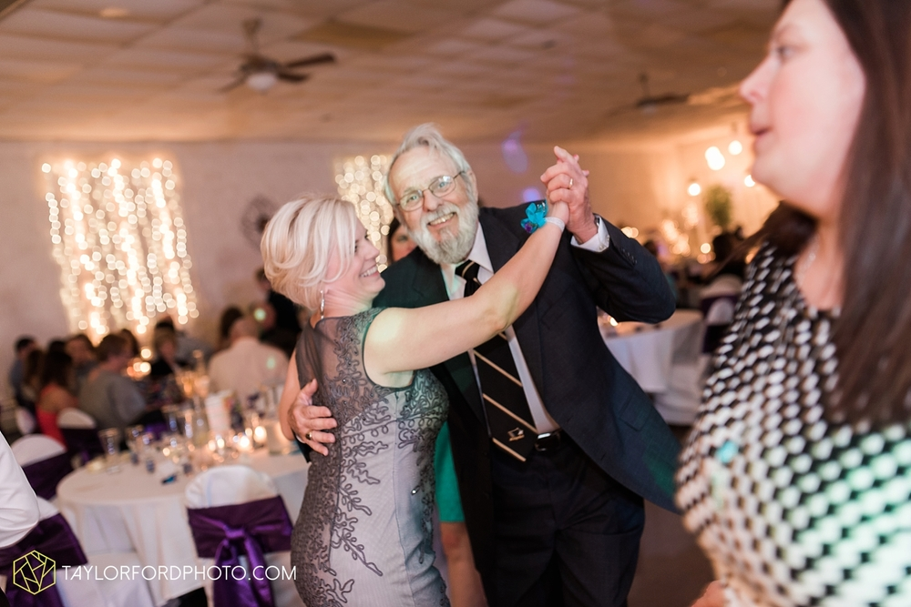 toledo_ohio_wedding_photographer_taylor_ford_photo47.jpg