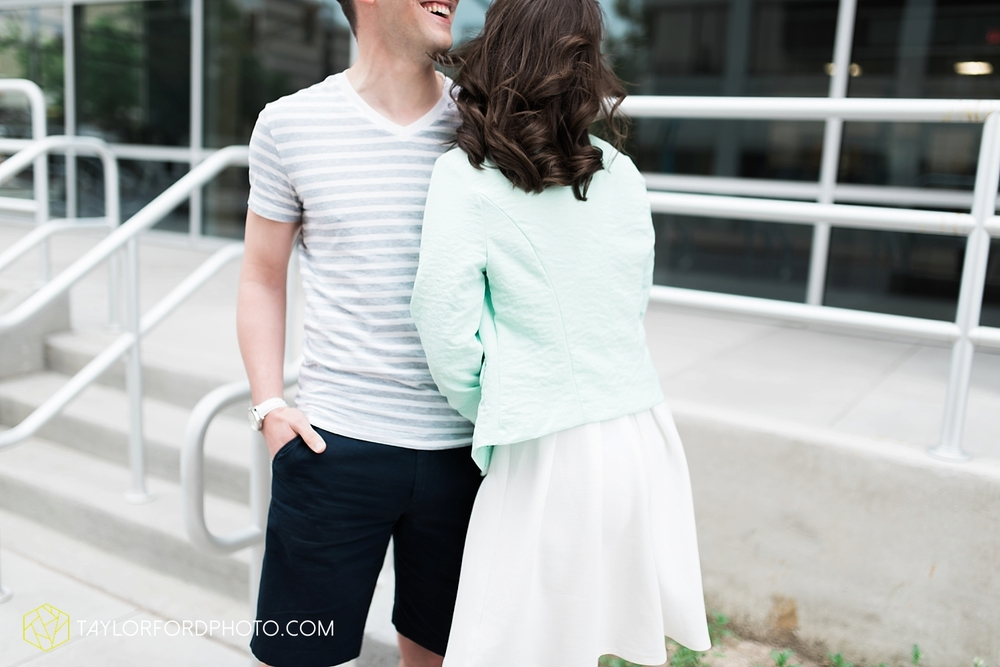 fort_wayne_indiana_engagement_photography_taylor_ford_1107.jpg