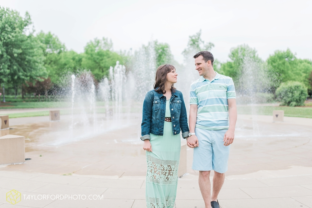 fort_wayne_indiana_engagement_photography_taylor_ford_1121.jpg