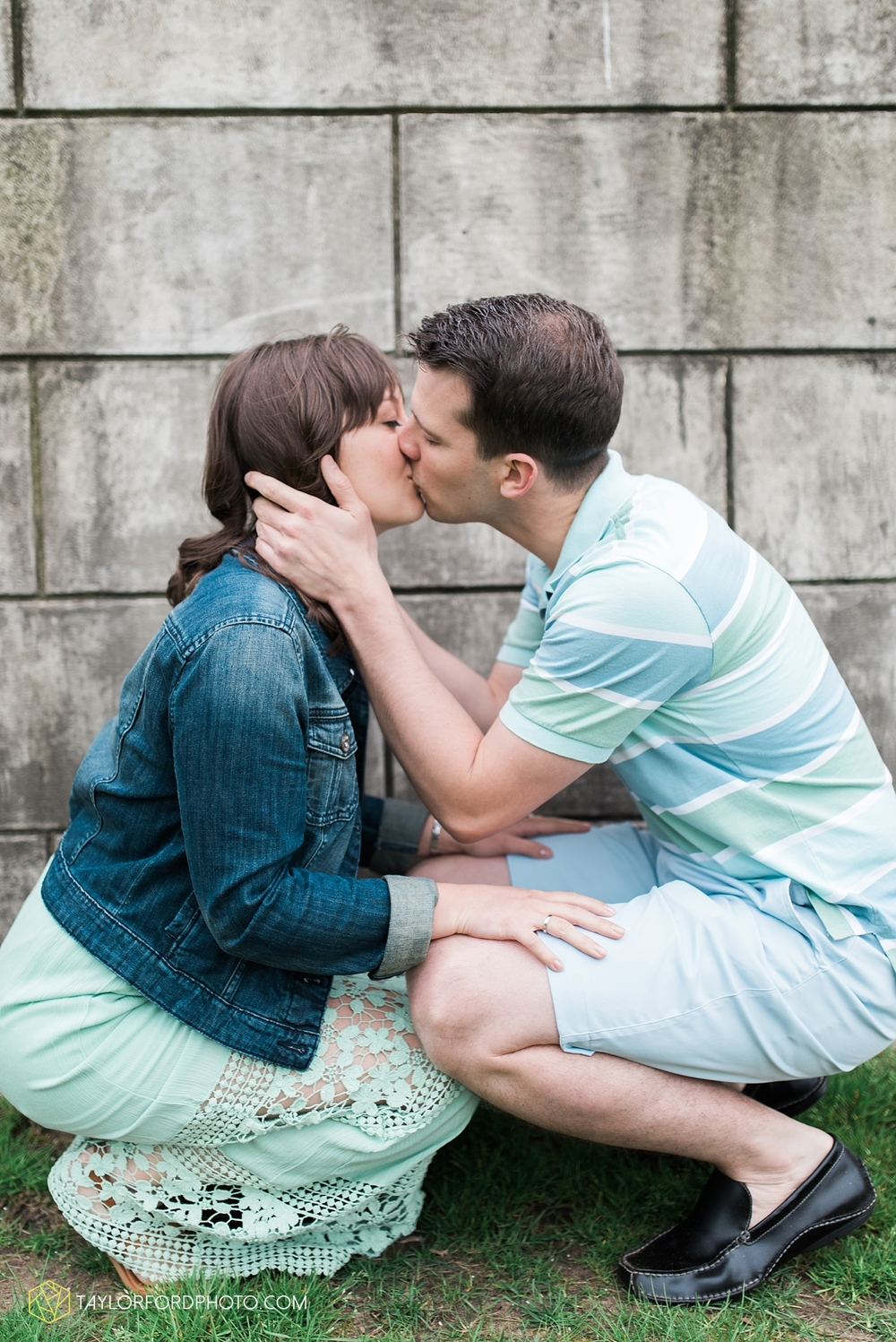 fort_wayne_indiana_engagement_photography_taylor_ford_1120.jpg