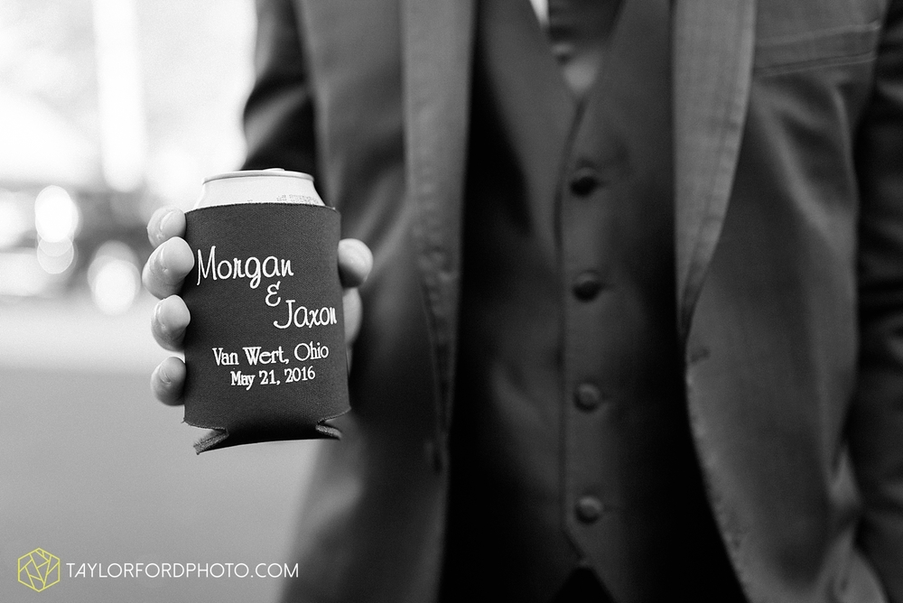 van_wert_ohio_wedding_photographer_taylor_ford_1304.jpg