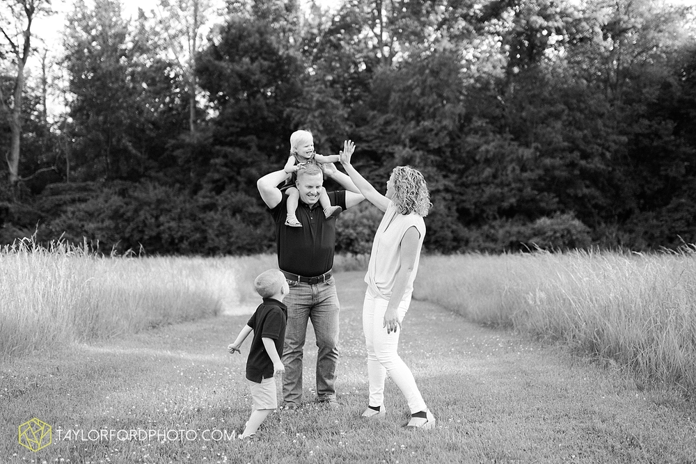 fort_wayne_indiana_family_photographer_taylor_ford_1437.jpg