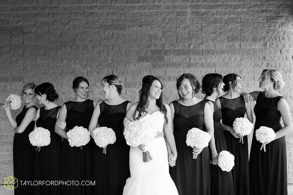 fort_wayne_indiana_wedding_photographer_taylor_ford_ipfw_ballroom_1573.jpg