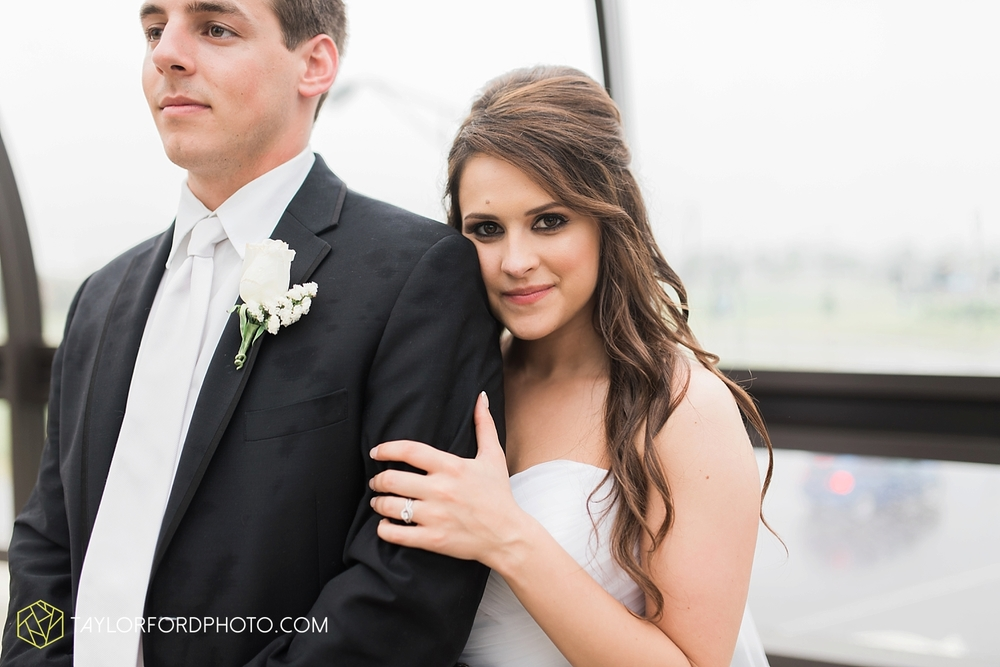 fort_wayne_indiana_wedding_photographer_taylor_ford_ipfw_ballroom_1638.jpg