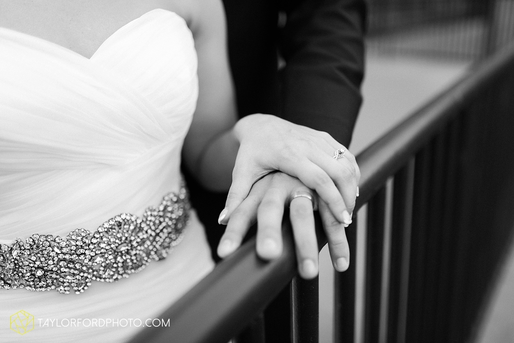 fort_wayne_indiana_wedding_photographer_taylor_ford_ipfw_ballroom_1657.jpg