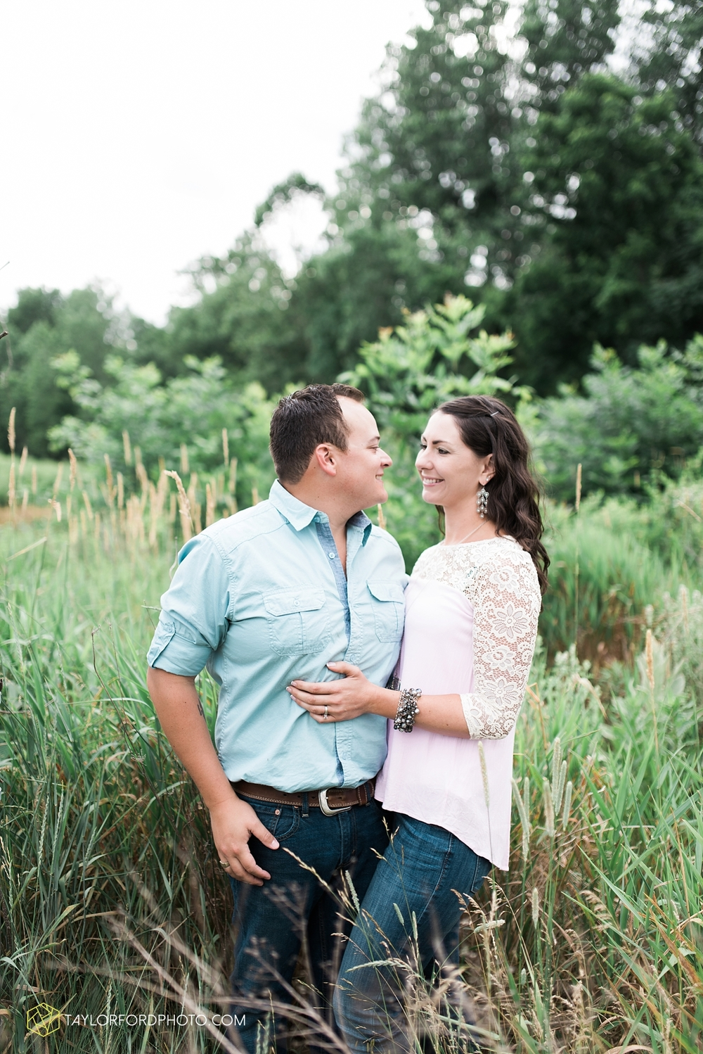 new_haven_indiana_engagement_photographer_taylor_ford_ipfw_ballroom_1699.jpg