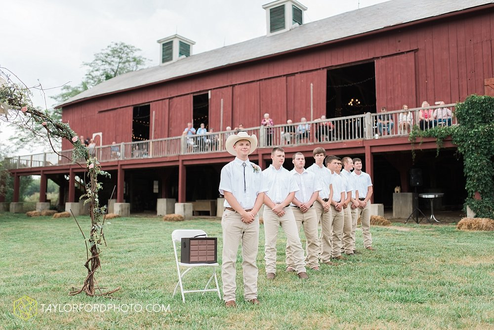 fort_wayne_indiana_wedding_photographer_taylor_ford_marian_hills_farm_0301.jpg
