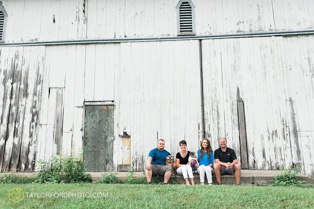 fort_wayne_indiana_family_photographer_taylor_ford_bryan_ohio_family_photographer_0358.jpg